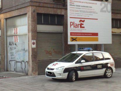 ellos aparcan y a ti te multan