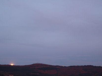 sale la luna