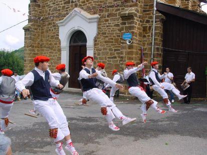 Bei Jai Alai dantza taldea
