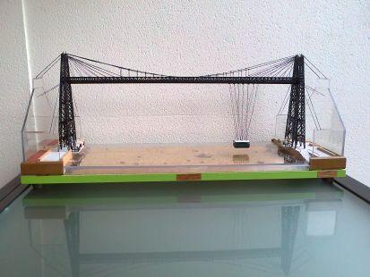 maqueta puente colgante