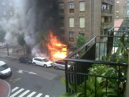 fuego en la tienda Bonfil en Santutxu