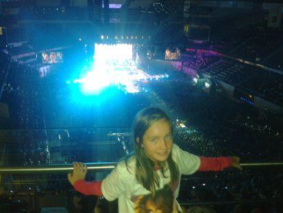 Maider en el concierto de J.LO.